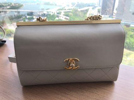 Chanel coco luxe grey