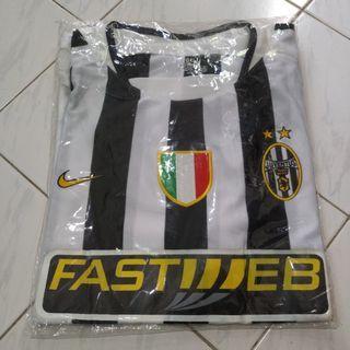 Jersey Vintage Juventus Home 03/04