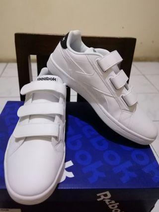 (NEW) REEBOK CLASSIC WHITE