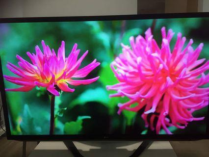 """LG 55"""" LED smat tv"""