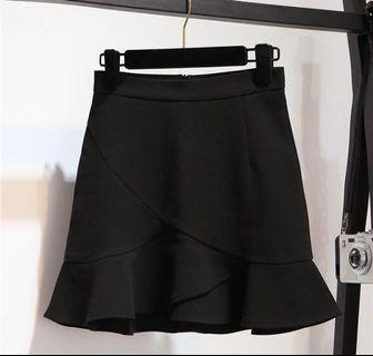 BN Black Mermaid 🧜♀️ Short Skirt