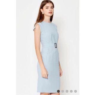 BNWT LOVE & BRAVERY DAHLIA CAPSLEEVE BUCKLE MIDI DRESS LIGHT BLUE