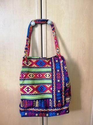 🚚 Batik Handbag