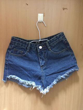 🚚 全新✨牛仔短褲