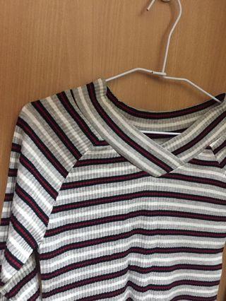 🚚 全新✨ 條紋針織上衣
