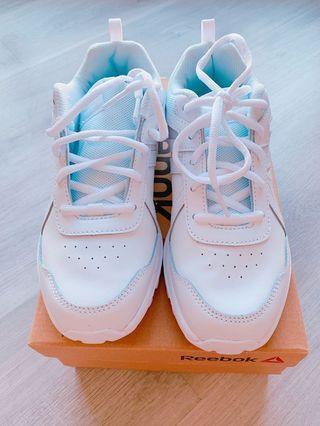 Reebok School White Shoes UK3.5 #EST50