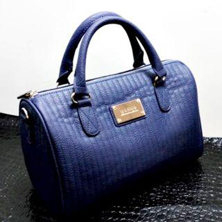 ⚡SALE⚡Instock MANGO TOUCH (Blue) Stripe Quilt Barrel Bag with Sling ASC3186 + Free Post!