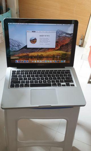 """#08 Macbook pro 13"""" mid 2010 4GB 320GB HDD"""