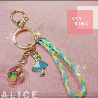 🚚 愛莉絲鑰匙圈 吊飾
