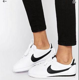 reputable site fe051 b4d59 Nike Cortez in white