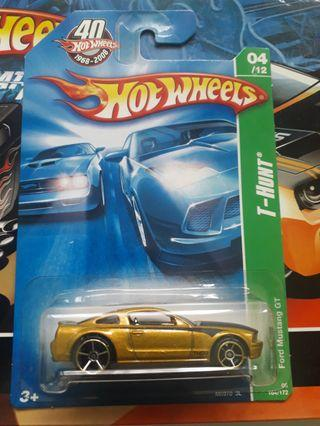 🚚 Hot Wheels Ford Mustang GT MOSC