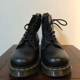 🚚 Dr. Martens 馬汀靴