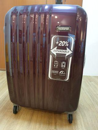 American Tourister 24 inch spinner