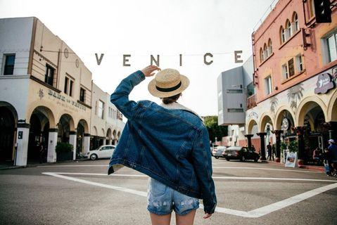 Brandy Melville 深藍色刷毛羊羔鋪面長袖毛毛丹寧牛仔外套