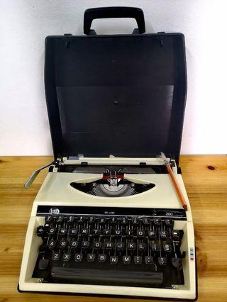 KOFA Typewriter Vintage