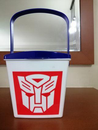 Transformers bucket container
