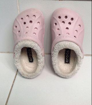 Crocs for kids size 6/7