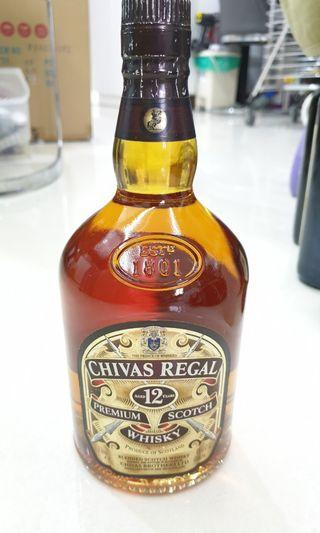 🚚 Chivas Regal 12 Years premium scotch whisky 1L bottle