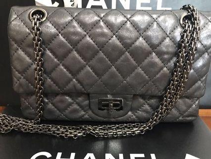 🚚 Chanel 2.55 Reissued