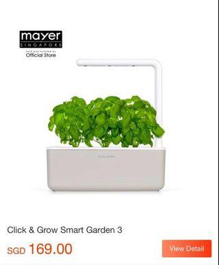 🚚 Smart Garden by Click & Grow (Basil)