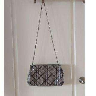 🚚 Issey Miyake BaoBao Row Gloss Grey Shoulder Bag Authentic