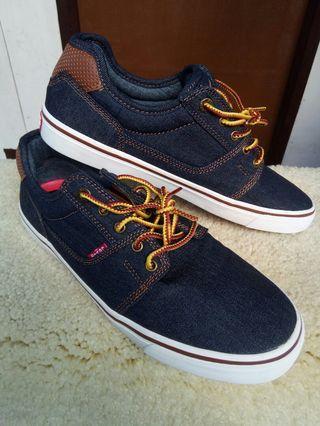 RUSH Sale!!! Levi's Men's Shoes