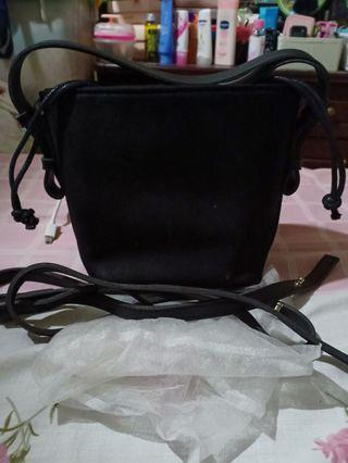 Sling Bag Serut