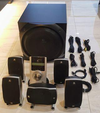 🚚 Logitech Z-5500 Digital 5.1 surround speakers