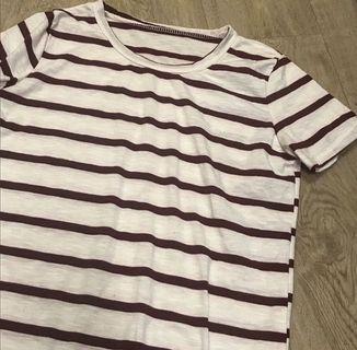 間條tshirt