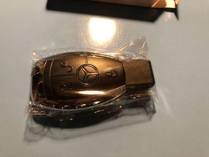 Mercedes Benz 車匙形狀 奔馳 A B C E S CLA CLS GLA GLC GLE GLS AMG class 手指 USB 2GB sandisk