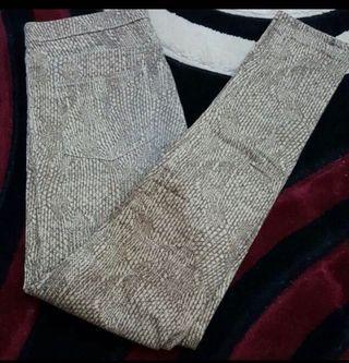 H&M Pants Snakeskin Jeggings