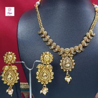 NCK19-51 Short Necklace and Earrings studded with stones and pearls - Exclusive Imitation Jewellery & Fashion Accessories