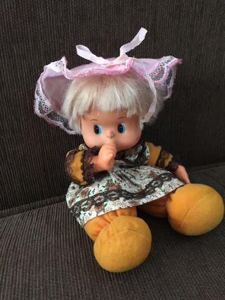 Boneka 25cm