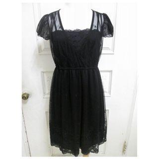 🚚 專櫃0918 純黑網紗蕾絲刺繡花 小洋裝