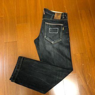 🚚 (Size 34w版稍大) 鬼洗黑色低腰牛仔褲