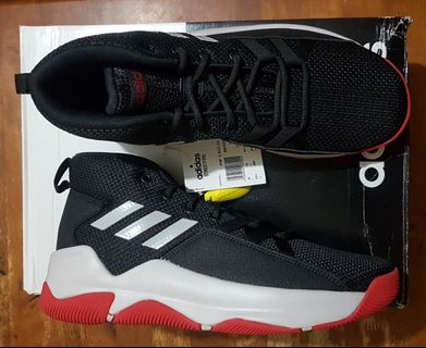 113e5b185f9a0 Adidas Streetfire basketball shoes size 10.5 US for men