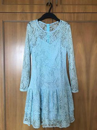 Ohvola lace dress in pale blue
