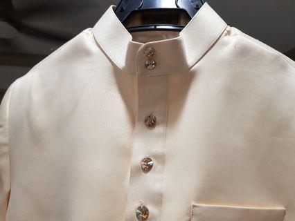 🚚 Mans top & bottom wedding suit.