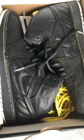 air jordan 1 black | Men's Footwear | Carousell Indonesia