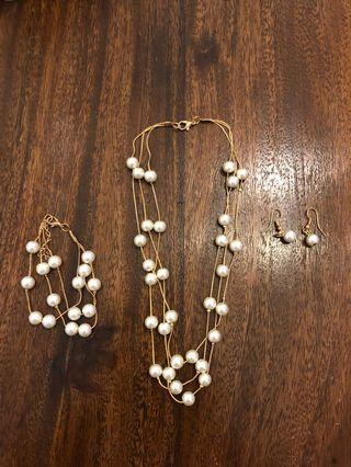 FREE SHIPPING Pearl Set Jewelry