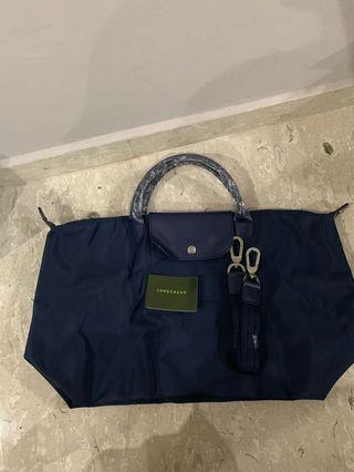 🚚 Brand new Long champ bag for sale