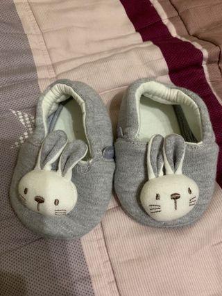 🚚 寶寶鞋(麗嬰房買的,沒穿過)