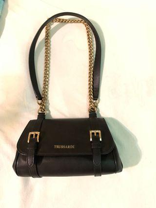 🚚 Trussardi leather Handbag Made in Italy
