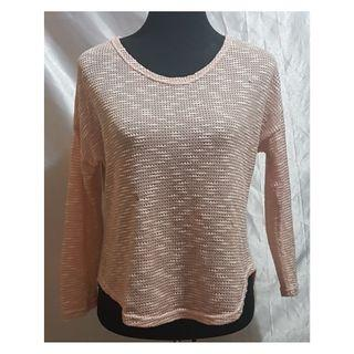 Preloved Peach Knitted Long-Sleeved Top (Size Details on Description)