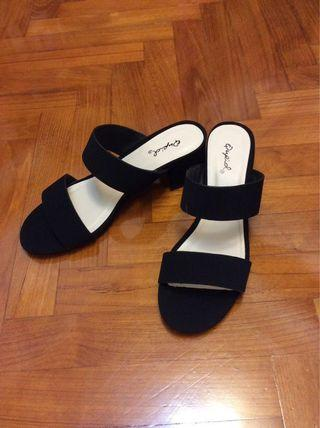 黑色高跟涼鞋 US6.5 EUR 37 UK4