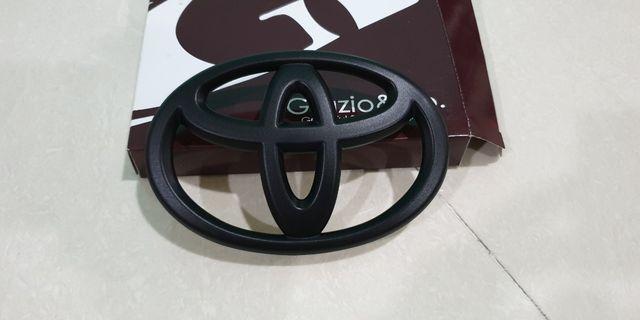 Toyota matt black logo