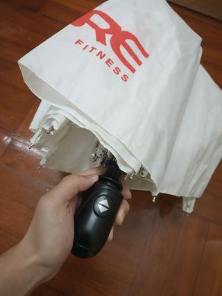 免費👐FREE白色自動雨傘🌂Automatic umbrella white折疊雨傘遮