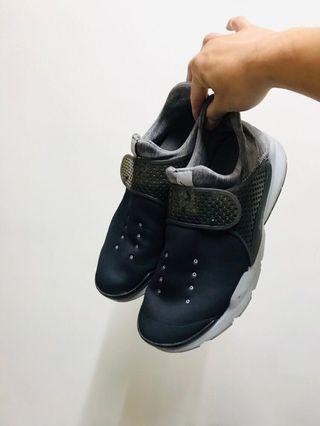 🚚 Nike 襪套鞋 us9.5