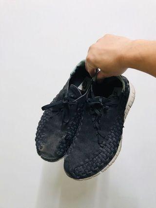 🚚 Nike free woven 5.0