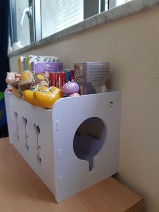 插蘇電線收纳盒及可作小擺設用途